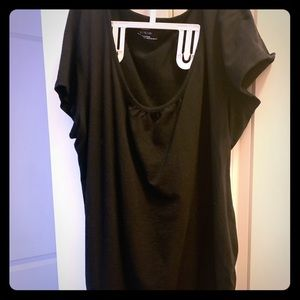 Black short sleeve maternity shirt
